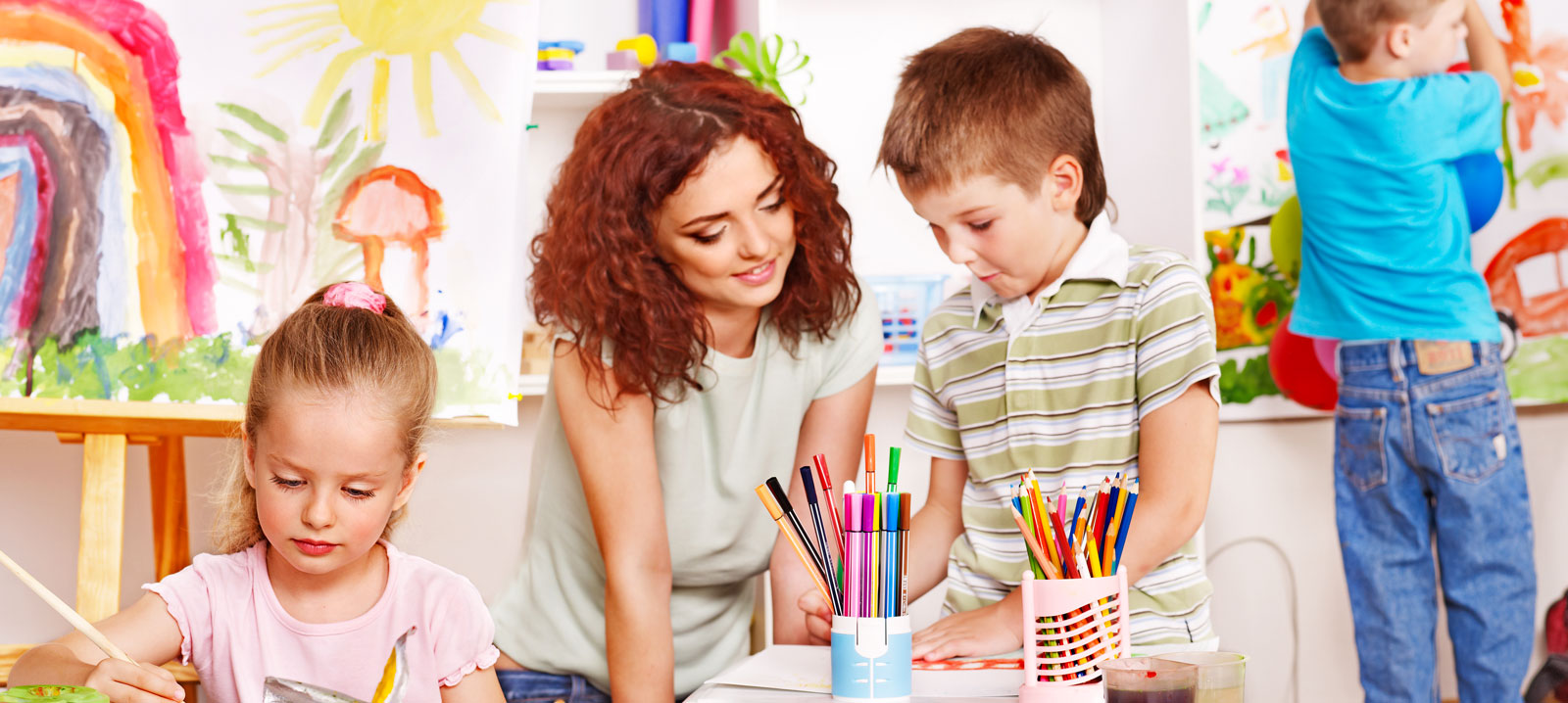 Teacher teaching in private school in Mississauga