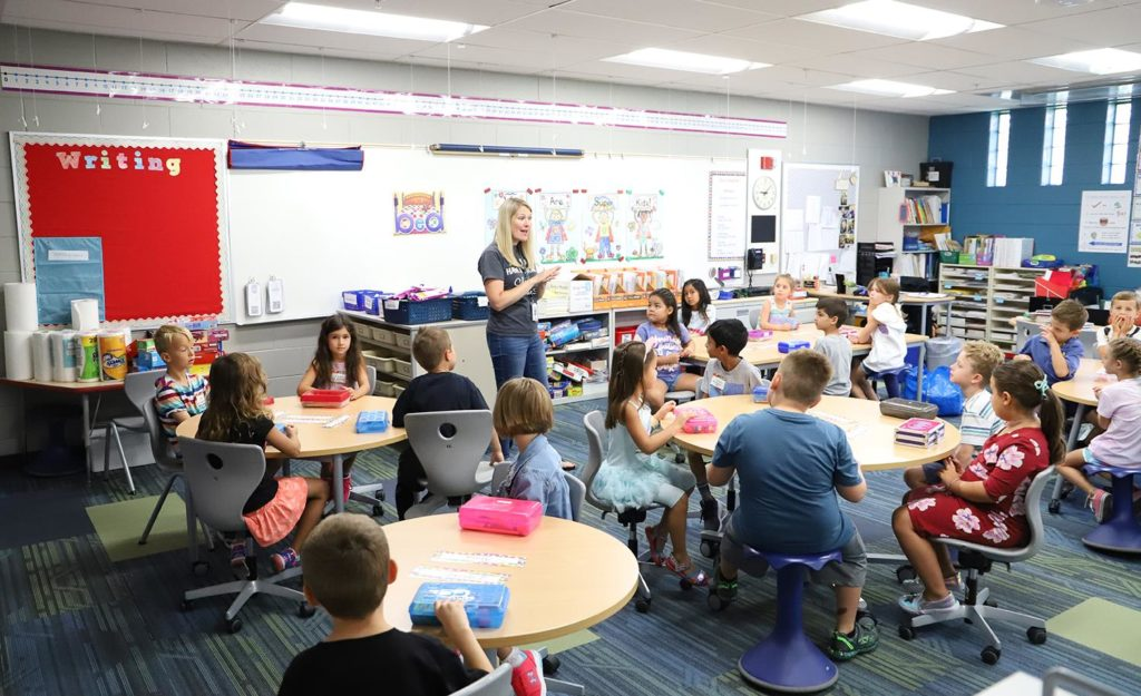 5 Things To Consider Before Changing Schools For Your Child